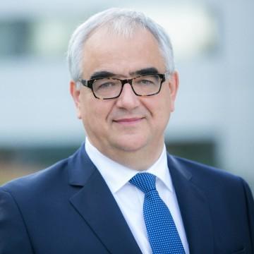 Paul Stoffels, MD invitado Especial